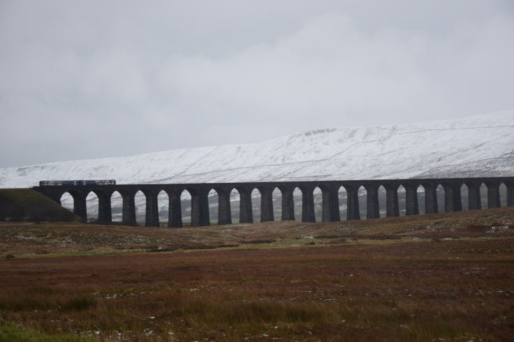 ribblehead-viaduct-bridge-yorkshire-1